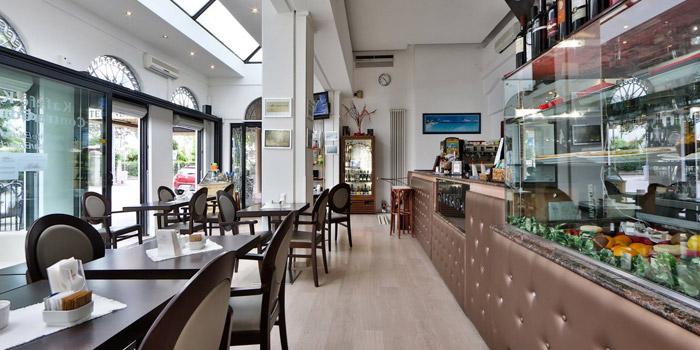 Café-Contrada-Rimini-Bar-Lungomare-Rimini